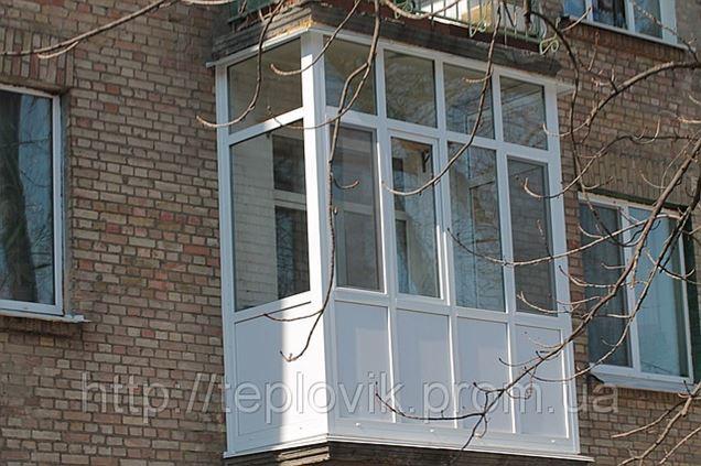 Остекление балкона сталинка фигурный консоли..