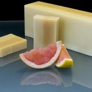 Натуральное мыло из органики с эфирным маслом грейпфрута и маслом какао (100 гр) фотография