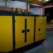 Электростанция UND 90 в защитном кожухе. фото