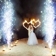 Огненные сердца и два фонтана серебрянных фото