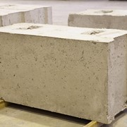 Блоки бетонные для стен подвалов фото