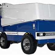 Ледуборочная (ледозаливочная) машина Zamboni фото