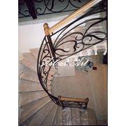Строительство комбинированных эксклюзивных лестниц фото