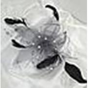 Ц2 Цветок с перьями и стразами фото