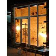 Противопожарные окна, двери, перегородки фото