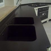 Влитые кухонные мойки из камня, 23 модели фото