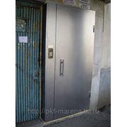 Подъездная дверь фото