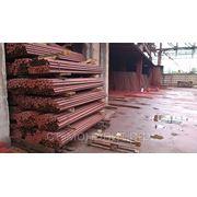 Столб стальной диам.45мм высота - 2,3м с крючками и заглушками с грунтовым покрытием фото