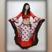 Прокат костюмов и платьев для эстрадных концертов, праздников и особых случаев фото
