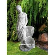 Фигурка для фонтана из камня Девушка с каскадом фото