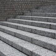 Лестница из монолита фото