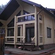 Строительство домов из профилированного бруса и оцилиндрованного бревна фото