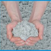 Эковата представляет собой рыхлый, очень легкий теплоизоляционный материал.