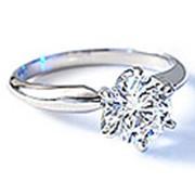 Помолвочные кольца из белого золота фото