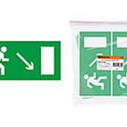 """Знак """"Направление к эвакуационному выходу направо вниз"""" 200х100мм TDM фото"""