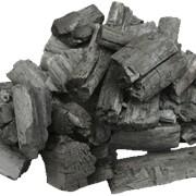 Уголь древесный. Древесный уголь. Угли древесные. Древесные угли. фото