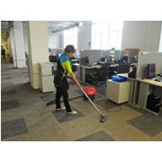 Ежедневная комплексная уборка офисов и территорий. фото
