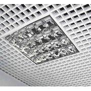 Потолок грильято белый фото
