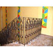 Перила металлические, перила кованые, сварные лестничные ограждения. фото