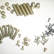 Гвозди, кнопки, костыли, нагели, крюки и скобы из металла фото