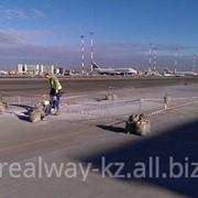 Капитальный ремонт подъездной дороги и перронов аэропорта фото