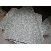Златолит серо-зеленый для облицовки и дорожек. Размер L 10-45 см. d 2-3 см. фото
