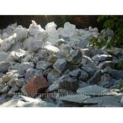 Глыба каменная мраморный известняк фр. 60-100 кг фото
