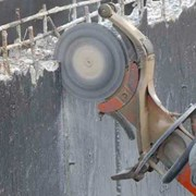 Алмазная резка кирпича, бетона, камня, асфальта фото