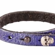 Женский кожаный браслет с заклепками фото