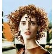Химическая завивка волос, парикмахерские услуги фото