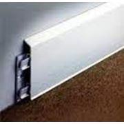 Плинтусы алюминиевые фото