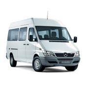 Перевозка пассажиров микроавтобусами и автобусами – это выгодно и удобно. фото