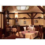 Уютный ресторан в гостинице фото