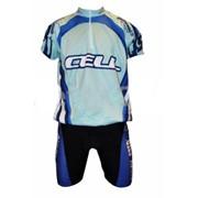 Велосипедная одежда идеально подходит для тренировок спортсменов. фото