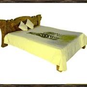 Кровать из натурального дерева фото