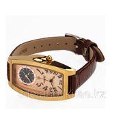 Кварцевые женские часы Julius с кожаным ремешком