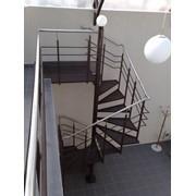 Лестницы из металлокаркаса фото