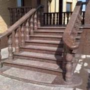 Лестница из мрамора фото