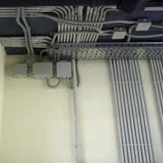 Прокладка кабельных трасс фото