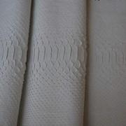 Кожа сетчатого питона - разные цвета и размеры фото