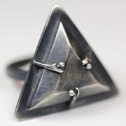 """Серебряное кольцо """"Ведьмин треугольник"""" от WickerRing фото"""