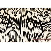 Лавсан с классическим бело-черным узбекским рисунком
