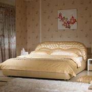 Элитная кожаная кровать фото