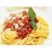 Доставка горячих блюд - Спагетти с соусом болоньез фото