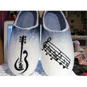 Валяная обувь из натуральной шерсти фото
