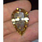 Бриллиант груша 3654 карата цвет фантазийный желтый чистота VS1 симметрия G полировка VG диаметр 2899 - 1817 мм высота камня 1107 мм высота камня 61% площадка 60% толщина рундиста средний фото