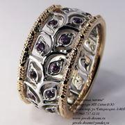 Обручальное кольцо Сокровенное с родолитами и бриллиантами или фианитами фото