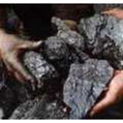 Уголь - самый распространенный в мире энергетический ресурс. Уголь стал первым видом ископаемого топлива используемым человеком. фото