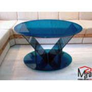 Стеклянные столы вазы декоративные композиции светильники. фото