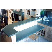 Кухонные столешницы из литого камня фото